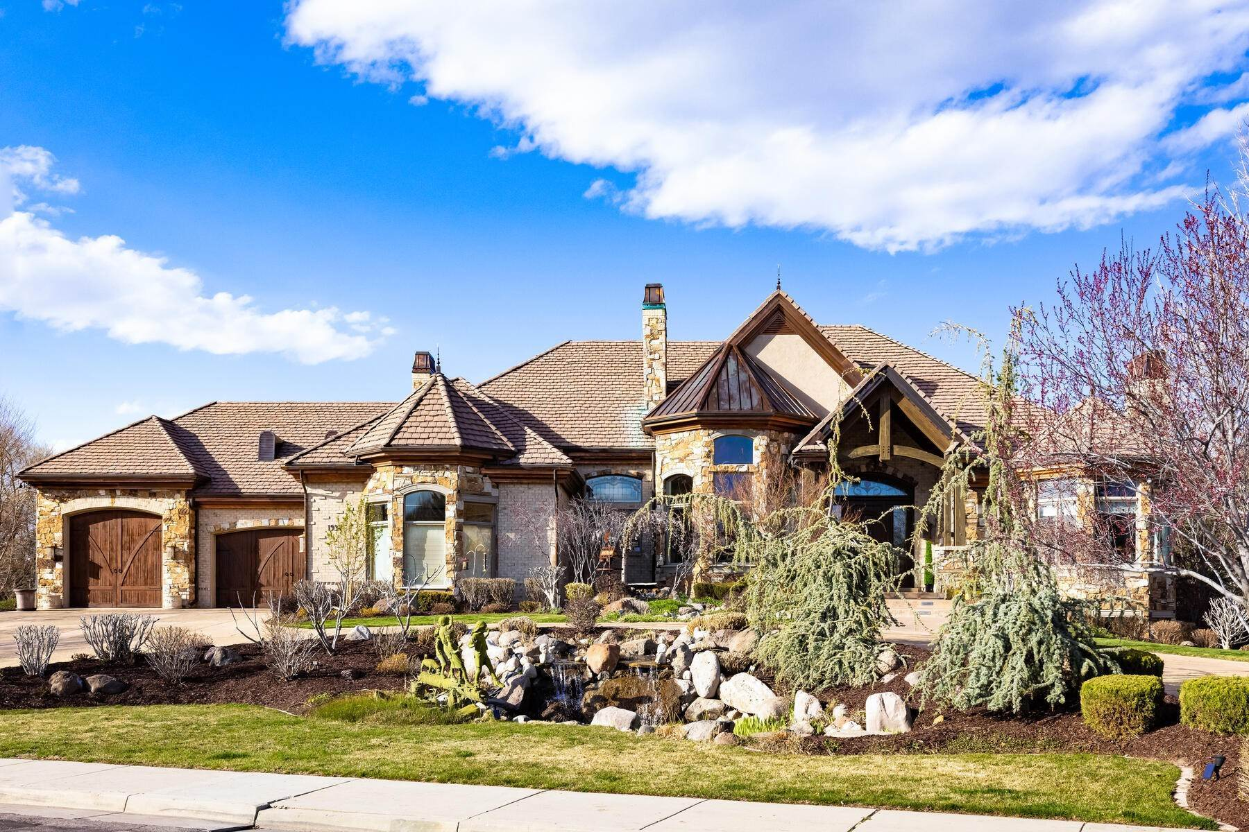 2. Single Family Homes for Sale at Beautiful Riverfront Estate 1937 E Siesta Dr Sandy, Utah 84093 United States