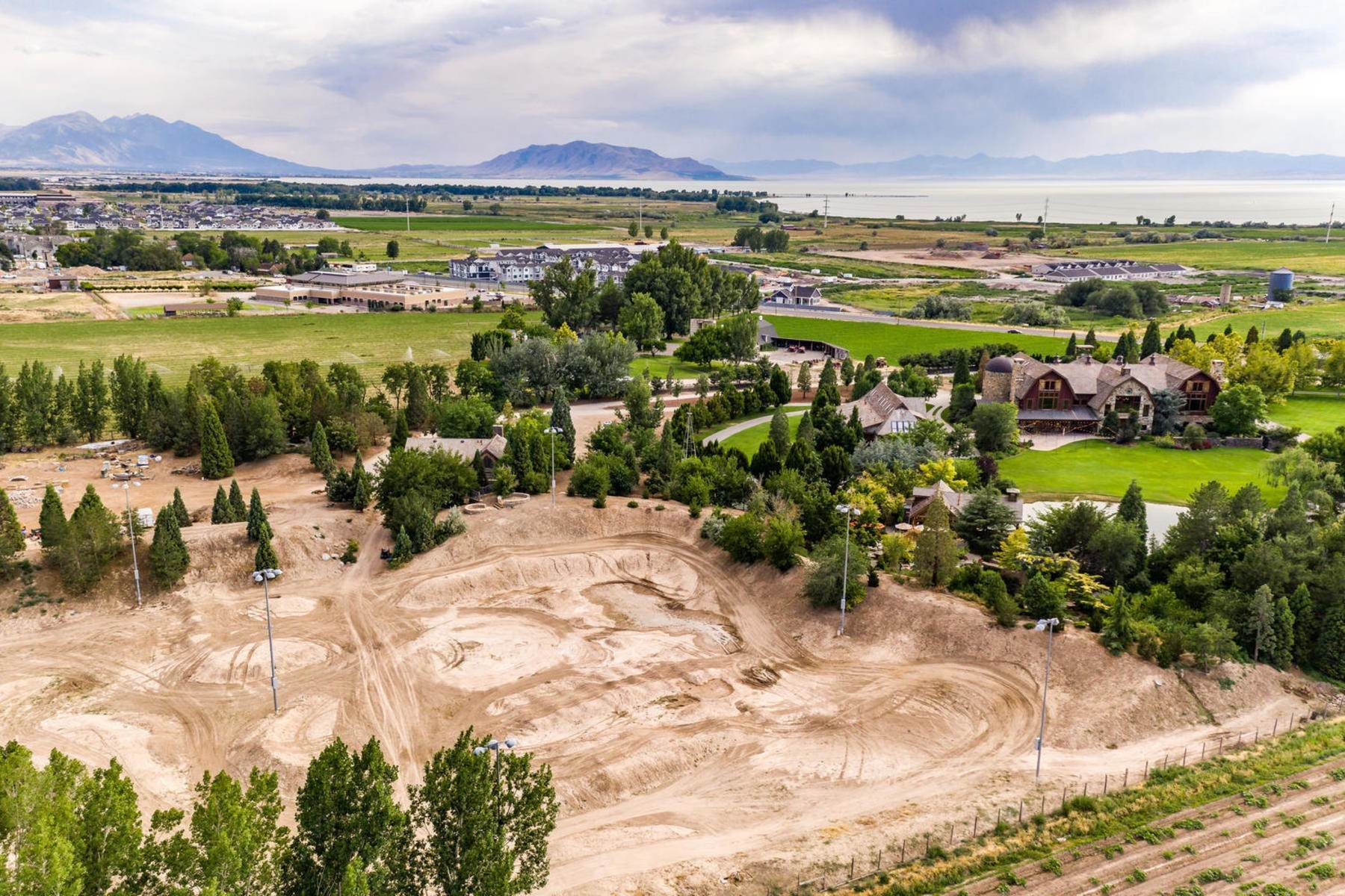 37. Single Family Homes for Sale at Stunning Private Residence and Recreational Facility on Nearly Twenty Acres 1709 S Geneva Rd Orem, Utah 84058 United States