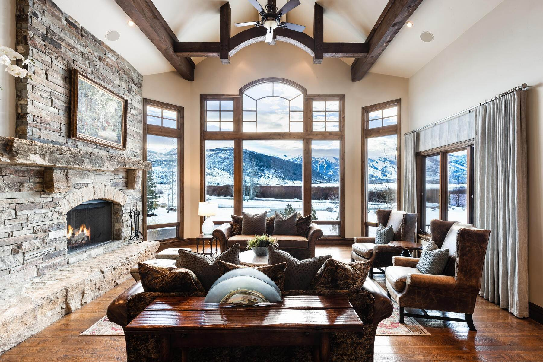 3. Single Family Homes for Sale at Rare Ranch Creek Estates Home Boasts over 3 Acres with Unparalleled Views 4400 N Ranch Creek Ln Park City, Utah 84098 United States