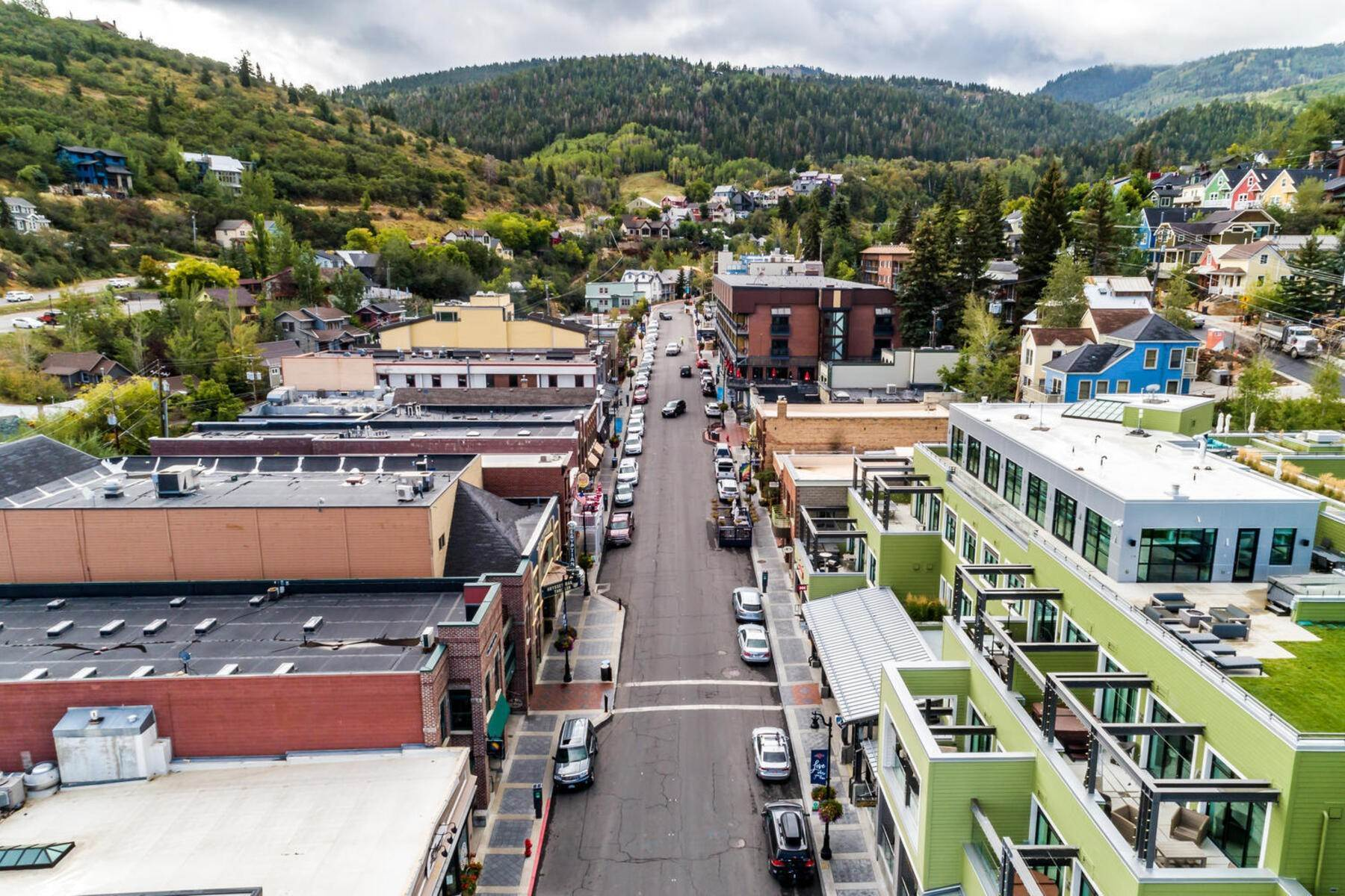 35. Single Family Homes for Sale at A Prime Redevelopment Opportunity in Old Town Park City 91 King Road Park City, Utah 84060 United States