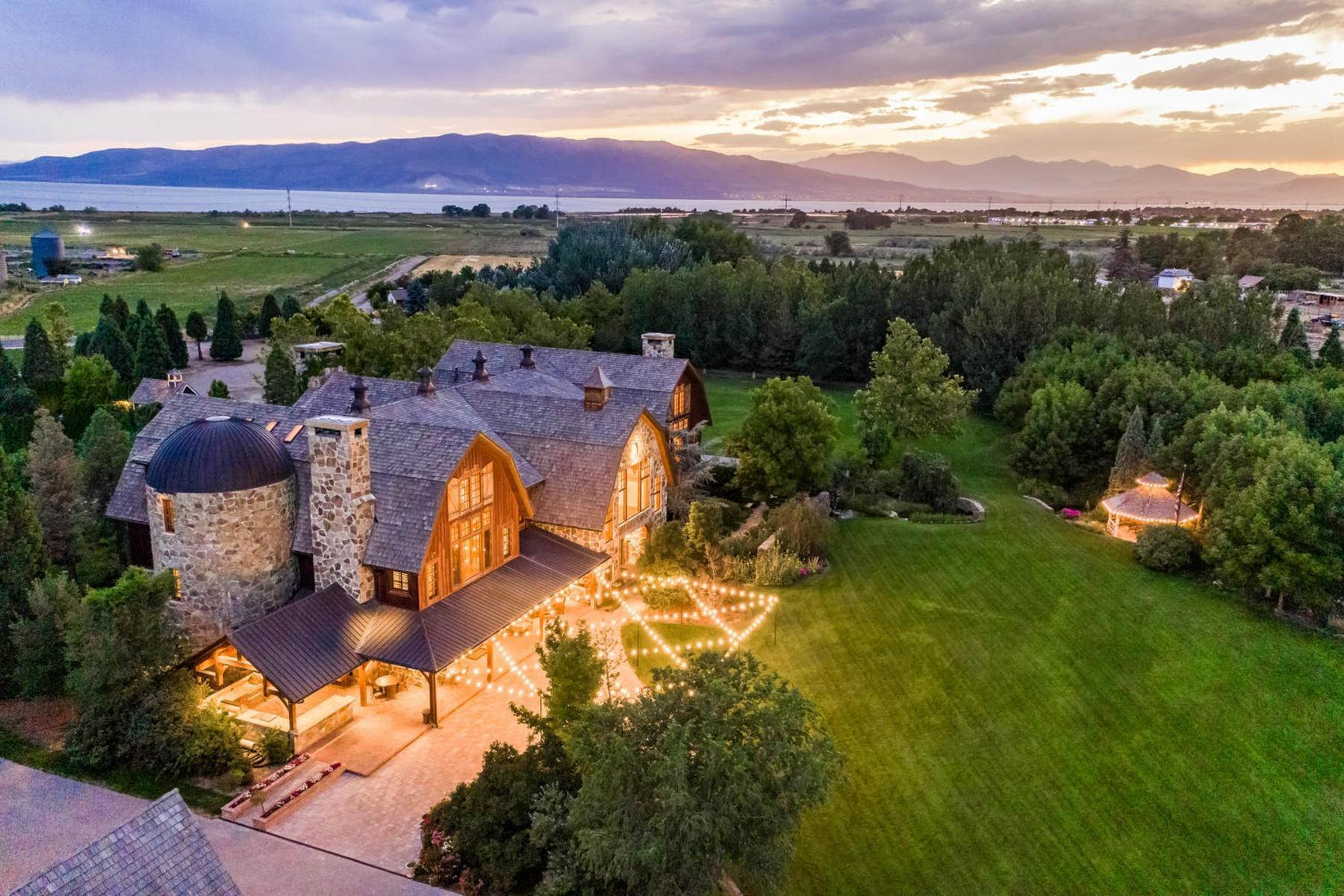 49. Single Family Homes for Sale at Stunning Private Residence and Recreational Facility on Nearly Twenty Acres 1709 S Geneva Rd Orem, Utah 84058 United States