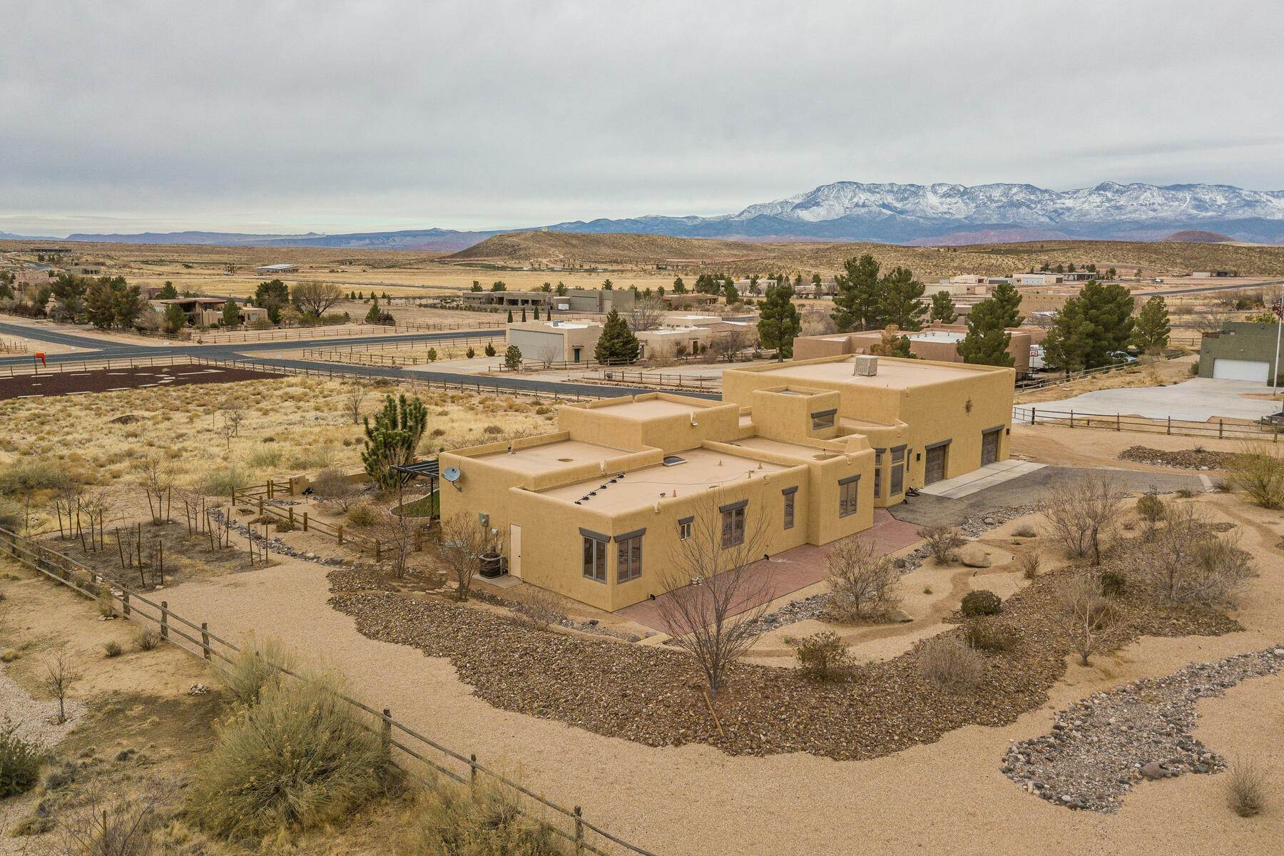 Single Family Homes for Sale at Over 2 Acres Property, Fly-In Community 4446 South 1100 West Hurricane, Utah 84737 United States