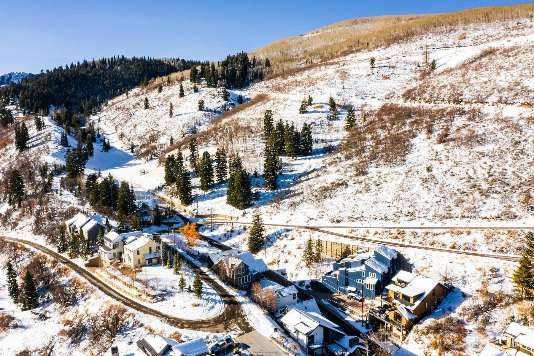25. Single Family Homes for Sale at A Prime Redevelopment Opportunity in Old Town Park City 91 King Road Park City, Utah 84060 United States